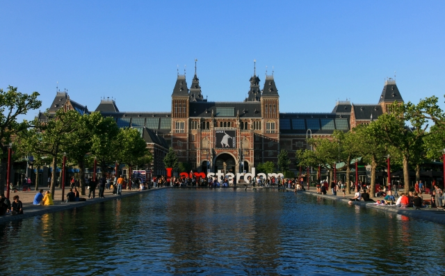 Rijksmuseum (photo: Marco Almbauer)